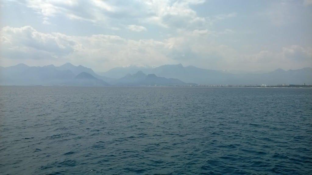 Mer et montagnes se mèlent