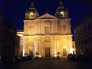 mdina night