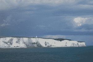 https://pixabay.com/static/uploads/photo/2014/02/06/00/24/dover-259642_640.jpg